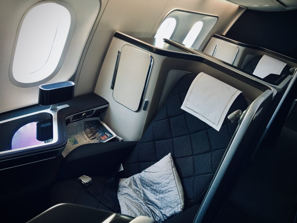 Boeing 787 First seating